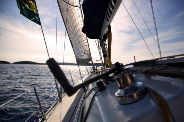 leaders-sailing